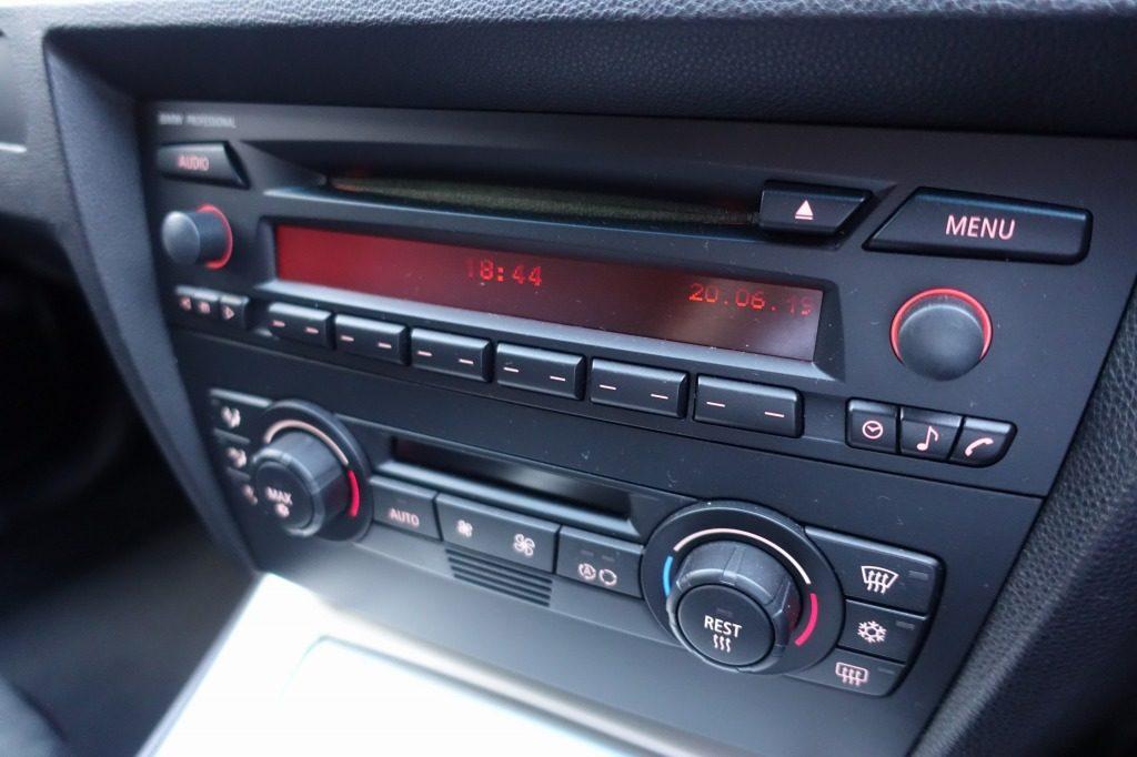 車エアコンパネル