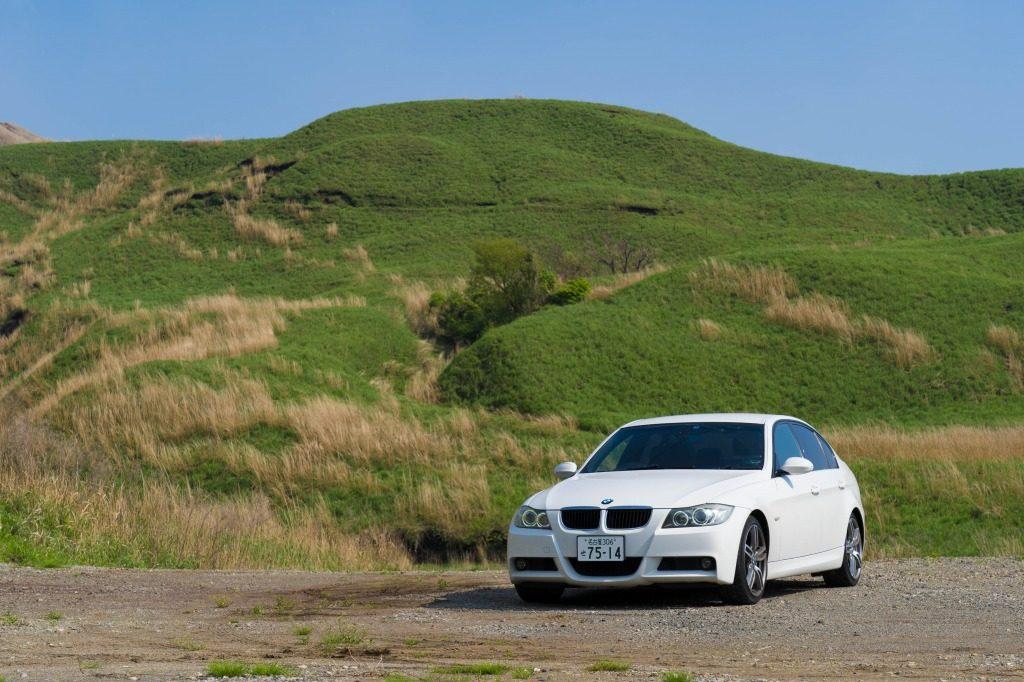 BMW E90 320i セダン 車中泊
