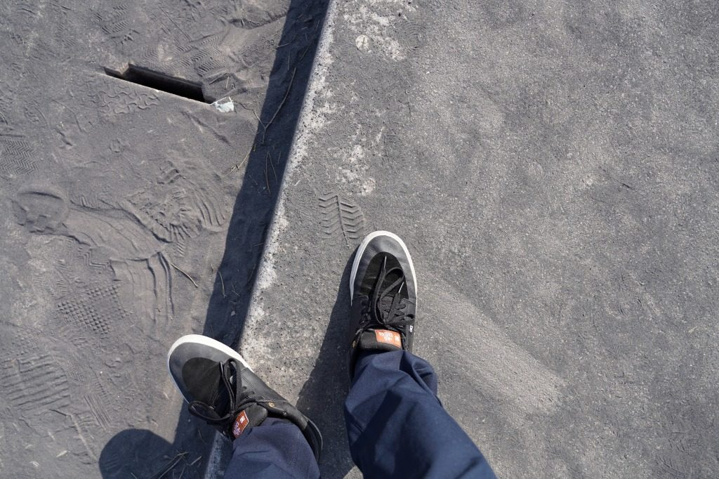 足元の火山灰