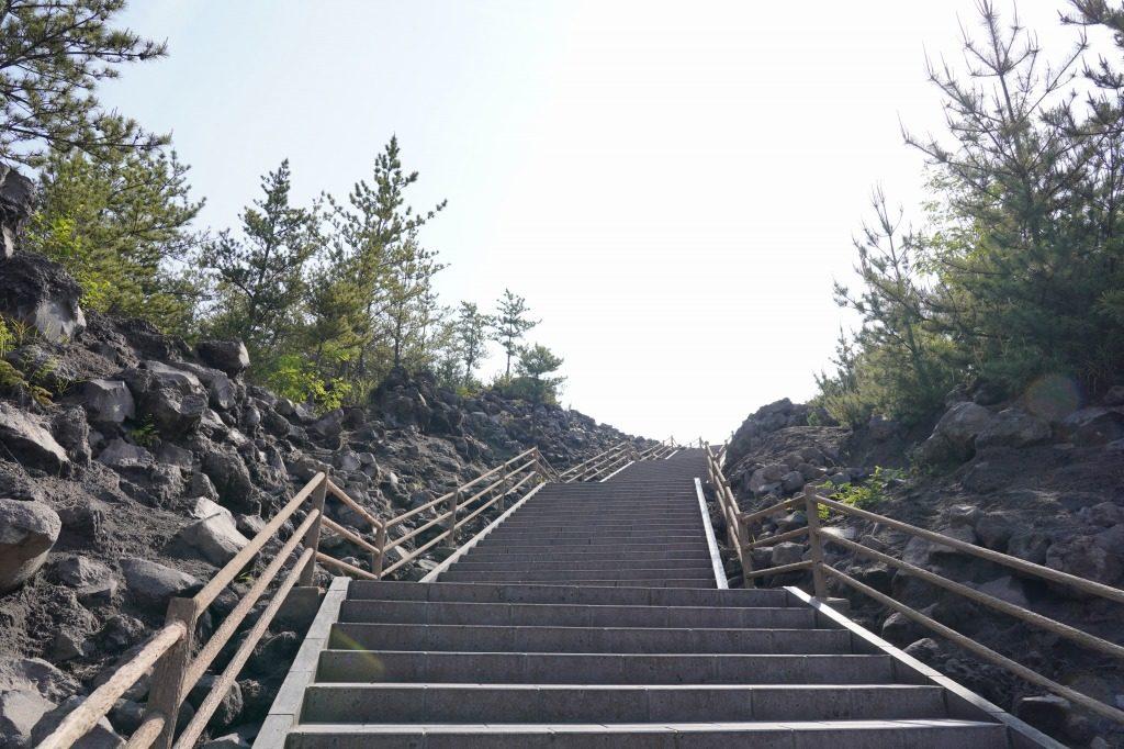有村溶岩展望所の階段