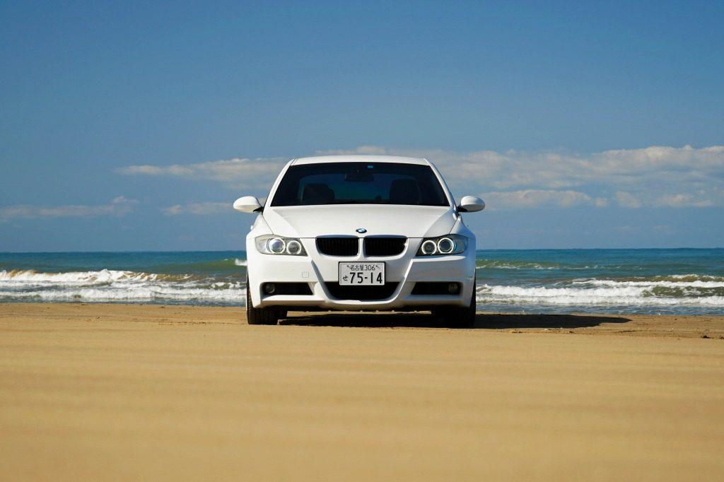 BMW 320i 千里浜なぎさドライブウェイ