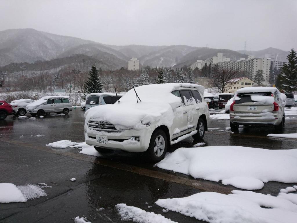 ランクル200_雪