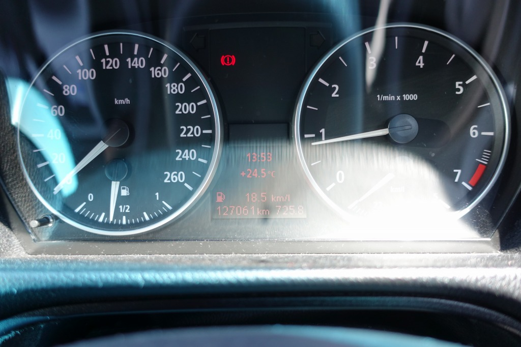 320i 燃費
